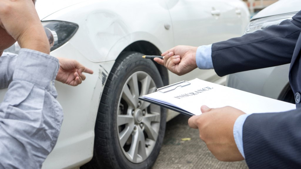 How a Car Accident Attorney is Competent to Handle your Claim